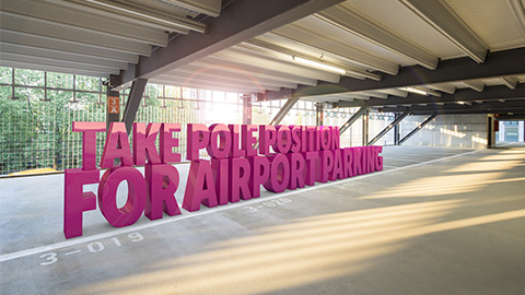 Take pole position for airport parking - Bonus programme from Easy Airport Parking