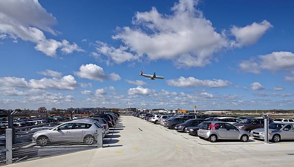 QR code check-in to Easy Airport Parking